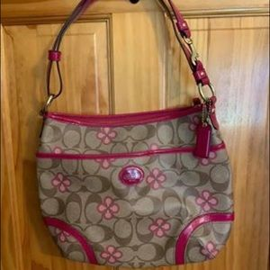 Authentic Coach purse w/ matching wallet
